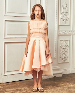 粉橘色缎面不规则剪裁连衣裙公主裙