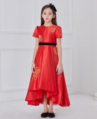 红色缎面金色花朵刺绣长连衣裙公主裙