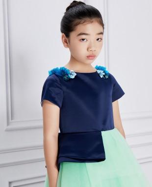深蓝色缎面绿色网纱拖尾一字肩礼服裙公主裙